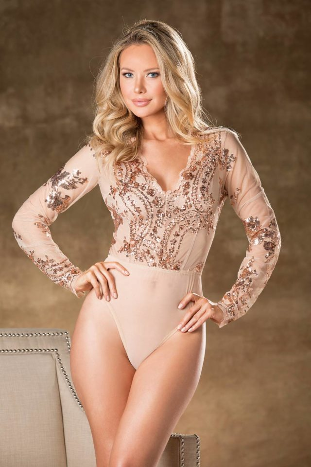 31389_nude_front